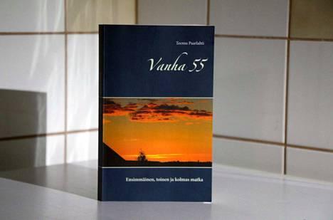 Teemu Paarlahti: Vanha 55 – Ensimmäinen, toinen ja kolmas matka, 228 sivua, Books On Demand, 2019.