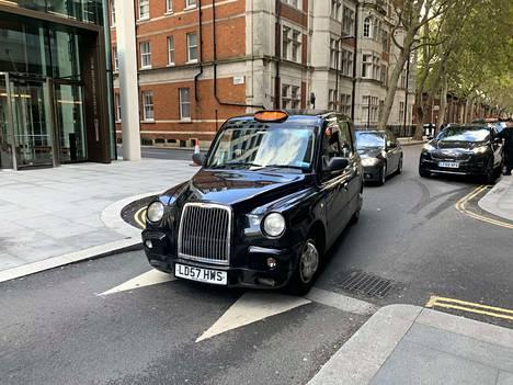 Lontoolainen taksikuski Roger ei halua uutta kansanäänestystä.