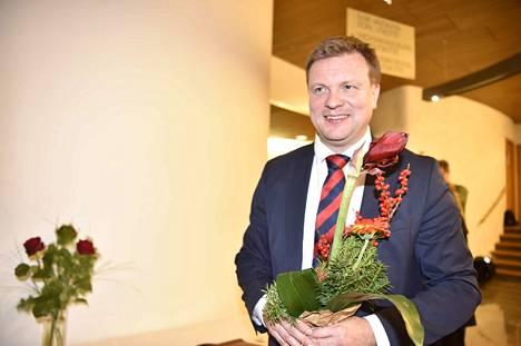 Ville Skinnari jatkaa ulkomaankauppa- ja kehitysyhteistyöministerinä.