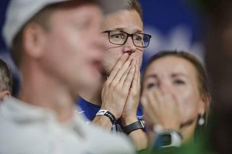 Magnus Kirtin valmentaja Heiko Väät koki kauhun hetkiä Dohan katsomossa.