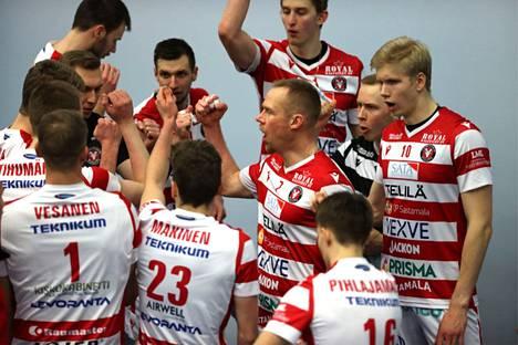 Tätä VaLePan joukkuetta Lempo-Volley yrittää kiusata.