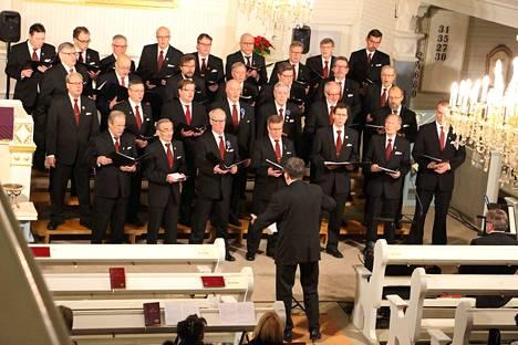 Vilppulan Mieslaulajat esiintyi Vilppulan kirkossa Erlend Jantsikenen johdolla myös joulun alla vuonna 2016.
