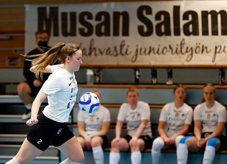 Musan Salaman Anni-Elina Luotonen haluaa uudelleen päästä maajoukkueeseen.