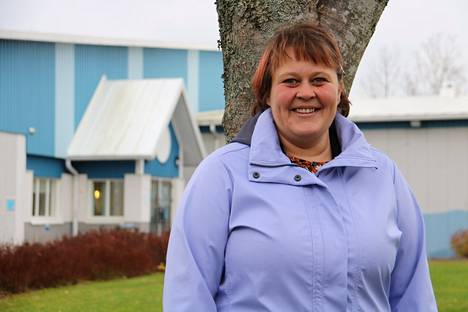 Vapaa-aikakeskus Rysässä laitoshuoltajana työskentelevä Mari Luotonen on havainnut, että korona-ajan jälkeen paikkakunnan liikuntatilat ovat jälleen vilkkaassa käytössä.