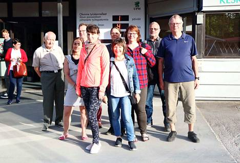 Kaipolan asukkaat saivat kutsun Kaipolan tehtaalle. Asukastilaisuudessa käytiin läpi Kaipolan tehtaan ympäristöluvan vaatimuksia ja toteutumista. Merkittävin aihe oli kuitenkin jätevedenpuhdistamolta alueelle leviävä kuvottava haju.