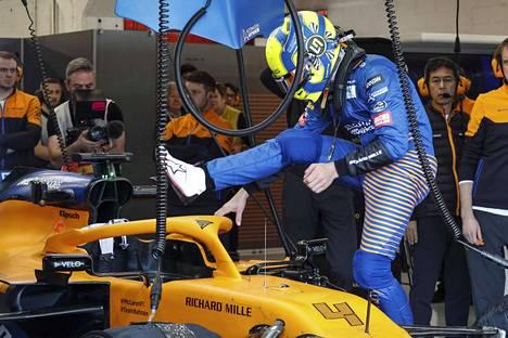 McLaren kiristi jo ennestään tiukkoja turvatoimiaan.