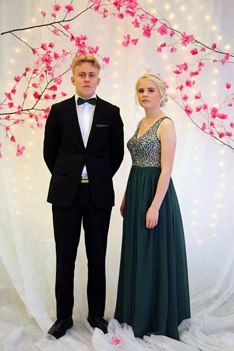 Miro Närhi ja Aino Tastula.