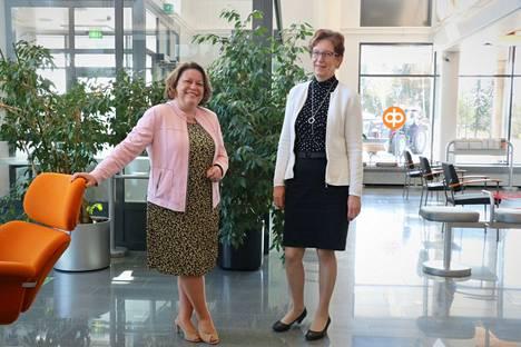 OP Nakkila-Luvialla on ollut kahden viikon ajan kaksi myyntipäällikköä. Leena Ranki seuraa pestissä eläkkeelle jäävää Katja Kärnää.