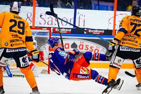 Patrik Virta joutui toteamaan Oliver Sunin ja Samuli Piipposen Lukon vahvemmaksi.