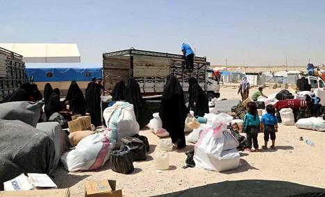 Al-Holin leiriltä Syyriasta on kotiutettu toistaiseksi kaksi suomalaista orpolasta. Arkistokuva on otettu leirillä viime kesäkuussa.