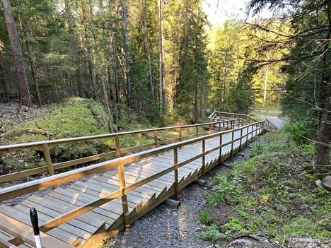 Myös Koskenpää saa omat kuntoportaat, kuvan portaat ovat Jämsän Pukinvuoressa.