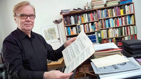 Pianisti Eero Heinonen tunnetaan erityisesti Jean Sibeliuksen pianomusiikin tuntijana.