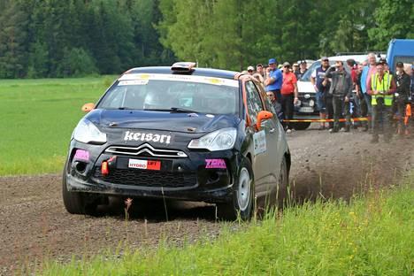 Nokian UA:n kuljettaja Jari Suontausta on mukana tulevan viikonlopun Autoglym Rallissa Nokialla.