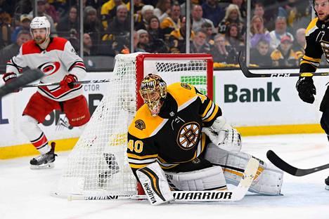 Boston Bruinsin Tuukka Rask on ollut vedossa Carolinaa vastaan.