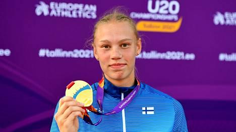 Saga Vanninen voitti kesällä alle 20-vuotiaiden EM- ja MM-kultaa seitsenottelussa.