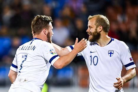 Benjamin Källman (vas.) ja Teemu Pukki tekivät maalin Liechtensteinia vastaan kesäkuun EM-karsintaottelussa Vaduzissa. Silloin Liechtenstein kaatui lukemin 0–2.