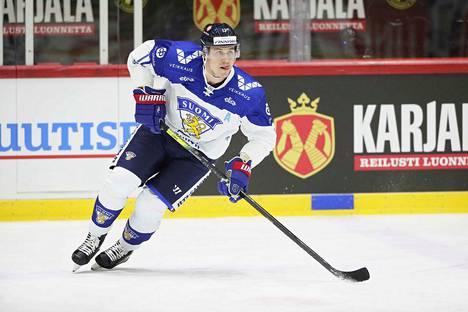 Jori Lehterä Suomi-paidassa viime helmikuussa.