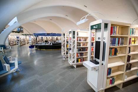 Tampereen kirjastoissa on valmisteltu varattujen kirjojen lainaamista 11. toukokuuta alkaen.