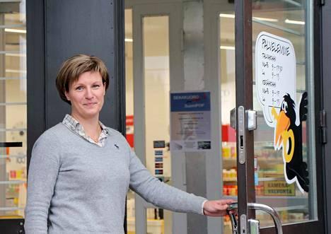 Vilppulan apteekin apteekkari Anu Mikkola kertoo, että parhaillaan ollaan etsimässä lääkkeiden kotiinkuljetukseen yhteistyökumppania ja toivotaan, että sellainen löytyy mahdollisimman nopeasti.