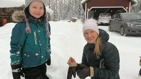 Keuruulainen Alma Rantanen ja hänen äitinsä Milla Nybacka ovat olleet mukana Liikunnallinen elämäntapa -hankkeessa, jonka toiminta sai avilta lisärahoitusta.