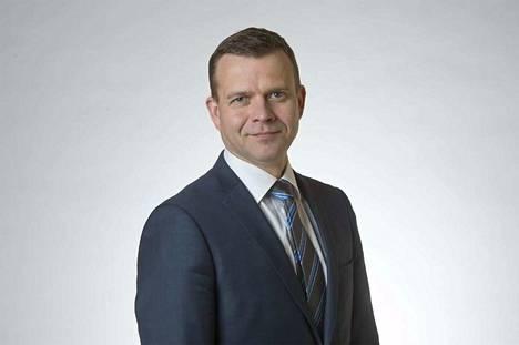 Kokoomuksen puheenjohtaja Petteri Orpo kommentoi, että pääministerin valitsee eduskunta avoimen prosessin kautta.