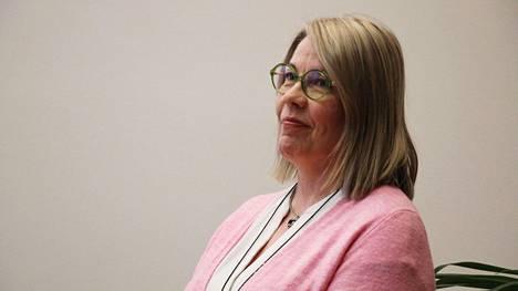 Nokian kaupunginhallitus käsittelee tänään kokouksessaan Nokian perusturvajohtajan valintaa. Esityslistan mukaan hallitus esittää kaupunginvaltuustolle, että virkaan valitaan tällä hetkellä Valkeakosken sosiaali- ja terveysjohtajana työskentelevä Sanna Rautalammi.