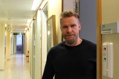 Jämsän hallintoylilääkäri Jyri Moilanen aloitti pestissään huhtikuun alussa, kun ensimmäinen koronavirusaalto oli jo ehtinyt Jämsään.