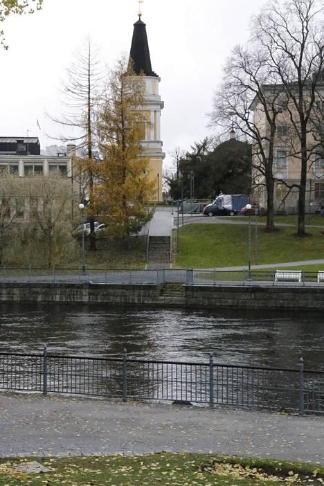 Myös Koskipuistosta mietitään siltaa kohti Keskustoria.
