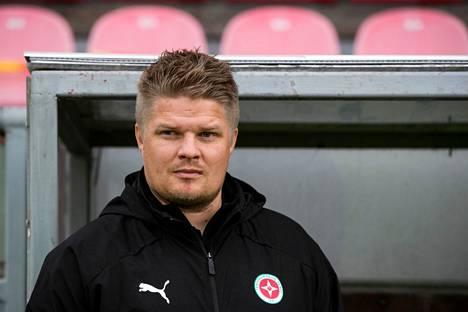 TPV:n päävalmentajan Mikko Innasen mukaan pakkassää ei ole joukkueelle mikään kauhistus.