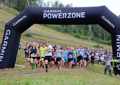 Tänä vuonna Himos Trailissa ei nähdä monen sadan osallistujan yhteislähtöjä, vaan lähtöjä jaetaan normaalia useampaan ryhmään.