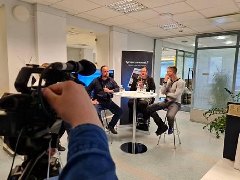 Kuntavaalien paneelikeskusteluissa olivat mukana muun muassa Olli Kärki, Antti Lepistö ja Sinikka Lakkinen.