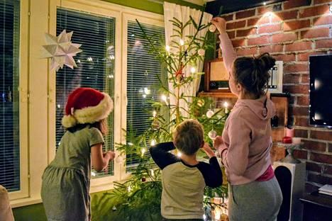Joulun alla Nokialla pääsee virittäytymään joulutunnelmaan monissa tapahtumissa, konserteissa ja myyjäisissä.