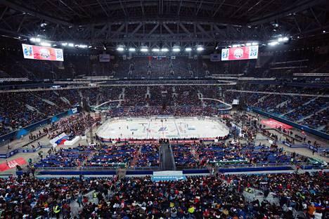 Krestovski-stadion isännöi tänä vuonna sekä Leijonia että Huuhkajia.