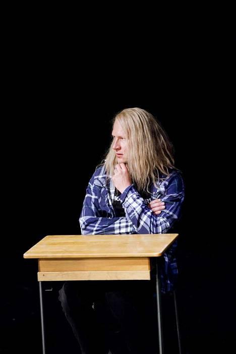 Tuukka Huttunen Pasi Was Here -näytelmän Pasina vuonna 2018.