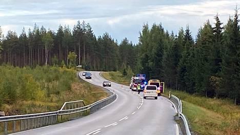 Poliisin tutkinnassa selvisi, että Multian ulosajossa torstaina 9.9. menehtynyt kuljettaja ajoi kovaa ylinopeutta. Auto ajatui metsään hieman Soutujoen risteyksestä Multian kirkonkylän suuntaan.