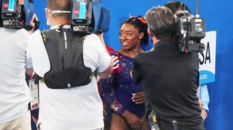 Voimistelija Simone Biles on olympialaisten seuratuimpia urheilijoita.