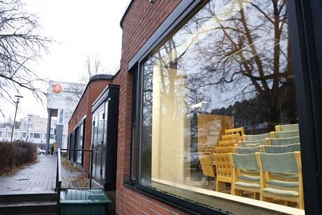 Kangasalan seurakunnan ostamassa kiinteistössä sijaitsi aiemmin Nordea-pankin konttori.