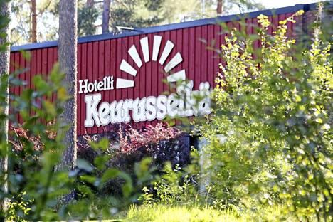 Matkailukesä Hotelli Keurusselässä oli hotelliyrittäjä Iris Mäkisen mukaan etenkin heinä- ja elokuussa oikein hyvä.