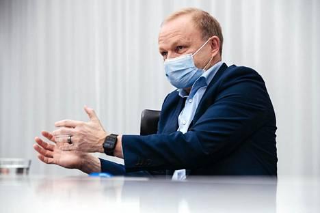 Nokian osake on kallistunut taas poikkeuksellisen paljon Yhdysvalloissa. Kuvassa Nokian toimitusjohtaja Pekka Lundmark.