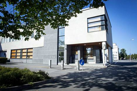 Hätäkeskuslaitos sijaitsee Porissa paloaseman, hätäkeskuksen ja poliisilaitoksen yhteydessä.
