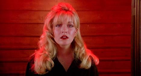 Laura Palmerin (Sheryl Lee) viimeisistä päivistä kertoo elokuva Twin Peaks - tuli kulje kanssani.