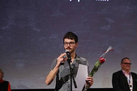 Sveitsiläinen Lasse Linder voitti parhaan kansainvälisen dokumentin palkinnon elokuvastaan Kaikki kissat ovat harmaita hämärässä.