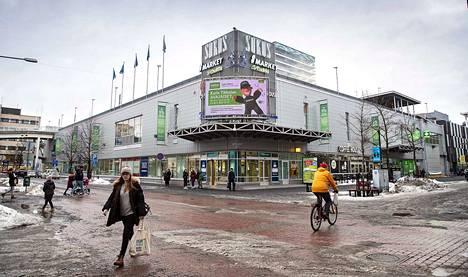 Osuuskauppa osti itselleen Porin Sokoksen kiinteistön alkuvuodesta 2019. Osuuskauppa pitää nykyistä vuokra-astetta hyvänä. Sokoksen myynti kasvoi viime vuonna 15 prosenttia edelliseen vuoteen verrattuna.
