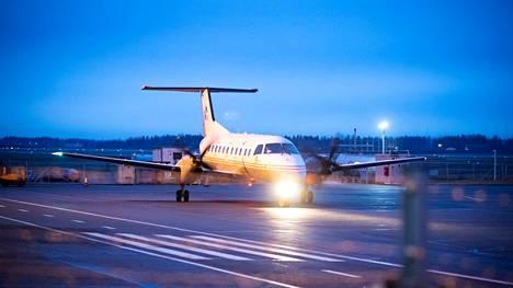 Pori palkkasi aikanaan konsulttiyhtiö Spring advisorin järjestelemään Helsingin reittilentojen ostopalvelusopimusta, joka sittemmin osoittautui sellaiseksi, josta ei päässyt edes koronan vuoksi eroon.
