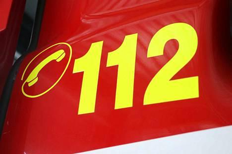 Hätäkeskukseen soitettiin jouluaatonaaton ja tapaninpäivän välisenä aikana yhteensä 22 268 hätäpuhelua, joista vajaa puolet johti hälytystehtäville.