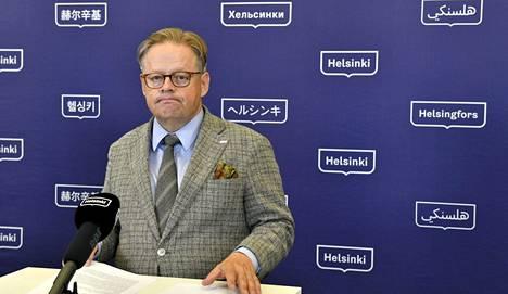 Juhana Vartiainen kertoi Helsingin koronavirustilanteesta ensimmäisessä pitämässään koronainfossa torstaina.