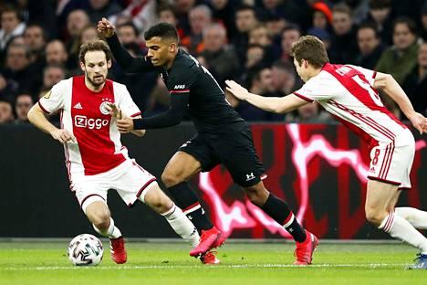 Ajax ja AZ Alkmaar kävivät tiukkaa kamppailua Eredivisienin mestaruudesta.