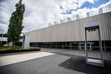 Vain välttämätön opetus järjestetään kampuksella, tiedotti Tampereen yliopisto.