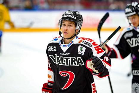 Jerry Turkulainen 2+2.