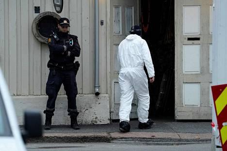 Tältä poliisin toiminta näytti Kongsbergissä 14. lokakuuta.
